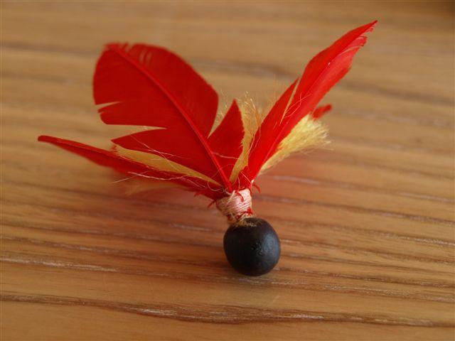 羽子板の羽についているムクロジの種
